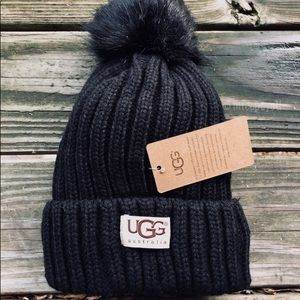 🎁UGG Australia Black Knit Pom Winter Beanie Hat